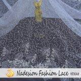 Tessuto nuziale del merletto di nuova di arrivo cerimonia nuziale comoda differente di disegno