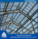 トラス、倉庫のためのビームが付いている軽い鉄骨構造の構築