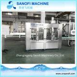 Do engarrafamento Non-Carbonated do animal de estimação da água de Monoblock máquina tampando