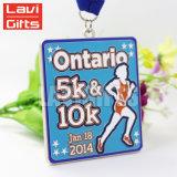 Medaglia del premio spazzolata sport su ordinazione poco costoso del metallo del campione libero