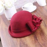 Bunter Wolle-Dame-Hut mit Bogen