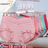 El Lacework modal caliente 2017 de moda ventila la ropa interior Panty de las señoras de las bragas de la chica joven que desgasta