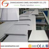 Extrudeuse de panneau de mur de plafond de PVC/chaîne de production