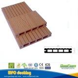 Revestimento plástico de madeira do Decking WPC de Compoiste