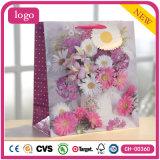 Пурпуровая флористическая одежда способа картины обувает мешки подарка игрушки бумажные