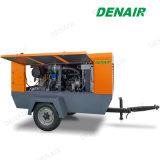 Grand remorquage industriel derrière le compresseur d'air à vis d'entraînement diesel