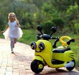 Автомобиль детей управляемый батареей ягнится электрическая езда на автомобиле