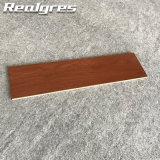 Mattonelle di legno di effetto di disegno del grano del legname