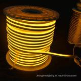 熱い小型ネオンLEDの薄黄色の軽い屋内および屋外の装飾110V 8*16mm