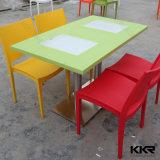 Todo o mobiliário moderno Kingkonree superfície sólida, mesa de jantar