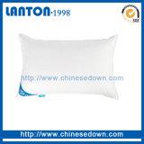 L'oca comoda più poco costosa/anatra di appoggio e molli giù mette le piume al cuscino