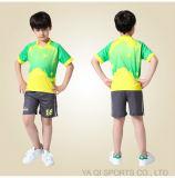Нестандартная конструкция оптовой рубашки рэгби OEM форм футбола сублимировала команду Джерси футбола установленную для малышей