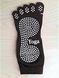 O aperto Non-Slippery antiderrapagem da ioga golpeia a peúga de cinco dedos do pé