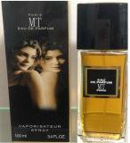 Buen perfume de diseño con buena calidad
