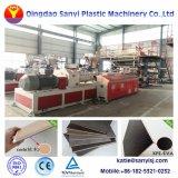 La machine au sol en vinyle PVC Extrusion Spc Ligne de production de planches de plancher