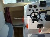 De Vissersboot van Walkaround met Cabine