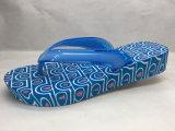 연약하고 두꺼운 발바닥 PVC/Pcu 여름 파란 플립 플롭 (24ML1705)