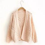 Maglione di lavoro a maglia del cardigan delle tre donne di colori per il Crochet della molla di autunno