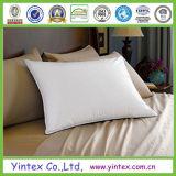 Las almohadas (algodón hacia abajo y hacia abajo) para la ropa de cama