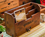 Gabinete de madeira de estilo antigo antigo estilo vintage para embalagem