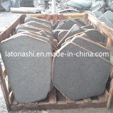 De natuurlijke Zwarte Kei van het Basalt, de AntislipBetonmolen van de Steen van de Kubus voor Terras
