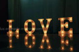 Plástico LED Marquee Letters Home Luz decorativa 26 Alphabat LED Letters Lighting