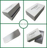 Boîte-cadeau blanche de mariage avec le couvercle et l'impression noire de logo