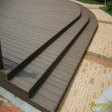Suelo al aire libre compuesto plástico de madera caliente de la venta WPC de la fábrica de China