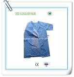 Vestido cirúrgico dispensável do hospital SMS