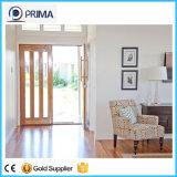 L'intérieur de porte en bois solide avec verre dépoli