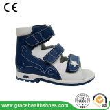 Детей сандалии предохранения ноги сандалии кожи здоровья малышей сандалия плоских протезная