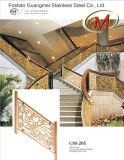 屋内使用の高品質は曲げたステンレス鋼のステアケースの手すりか塀の錆および腐食カスタマイズすることができる