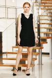 V cuello sin mangas cambio vestido mini en pequeño patrón de patrón de remiendo ver con adorno de collar