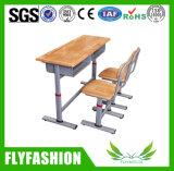 A mesa dobro de madeira ajustou-se para a sala de aula Sf-04D