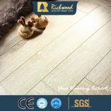 Pavimento laminato V-Grooved della quercia impresso AC3 della famiglia 8.3mm