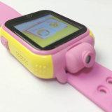子供のデジタル手首のスマートな腕時計を置く3G携帯電話GPS