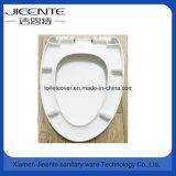 Eleganter Toiletten-Sitzharnstoff durch Verlangsamung