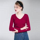 2018명의 봄 도매를 위한 새로운 디자인 숙녀 v 목 아크릴 스웨터