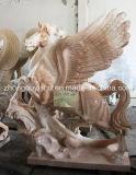 Dierlijk Beeldhouwwerk, een Lopend Marmeren Beeldhouwwerk van het Standbeeld van het Paard, Pegasus