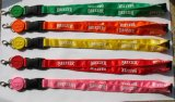 Acolladores coloridos del cuello del poliester del diseño de la manera de Hotsale con la insignia de encargo 57