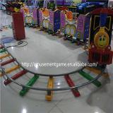 娯楽装置少しショッピングモールおよびゲームセンターのための7つのシートが付いているトレイン