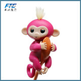 Обезьяна младенца игрушки единорога Fingerlings взаимодействующая