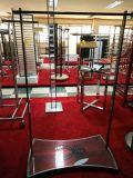 Klein-Fernsehapparat-Fußboden-Ineinander greifen-Fahnen-Bildschirmanzeige-Ausstellung-Edelstahl-Blech-Herstellung speichern