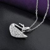 熱い販売の合金の水晶Costumejewelryの白鳥のペンダントのネックレス