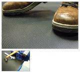 Feuille de caoutchouc de bonne qualité des revêtements de sol feuille de caoutchouc anti-patinage Coin fine bande caoutchouc nervuré-de-chaussée