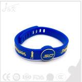 Wristband del silicone di pallacanestro, braccialetto di gomma registrabile