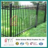 Bearbeitetes Eisen-geschweißter Pfosten-Ineinander greifen-Zaun/dekorativer Eisen-Stahl-Zaun