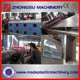 PVC pelant le panneau de mousse faisant la ligne de machine
