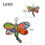 Os encantos grandes da libélula do esmalte colorido couberam acessórios das colares de DIY
