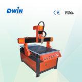 Máquina de gravura pequena do CNC 6090 do tamanho para a madeira